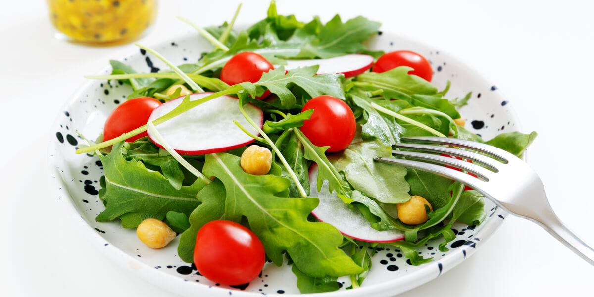 yeşil yapraklı sebzeler