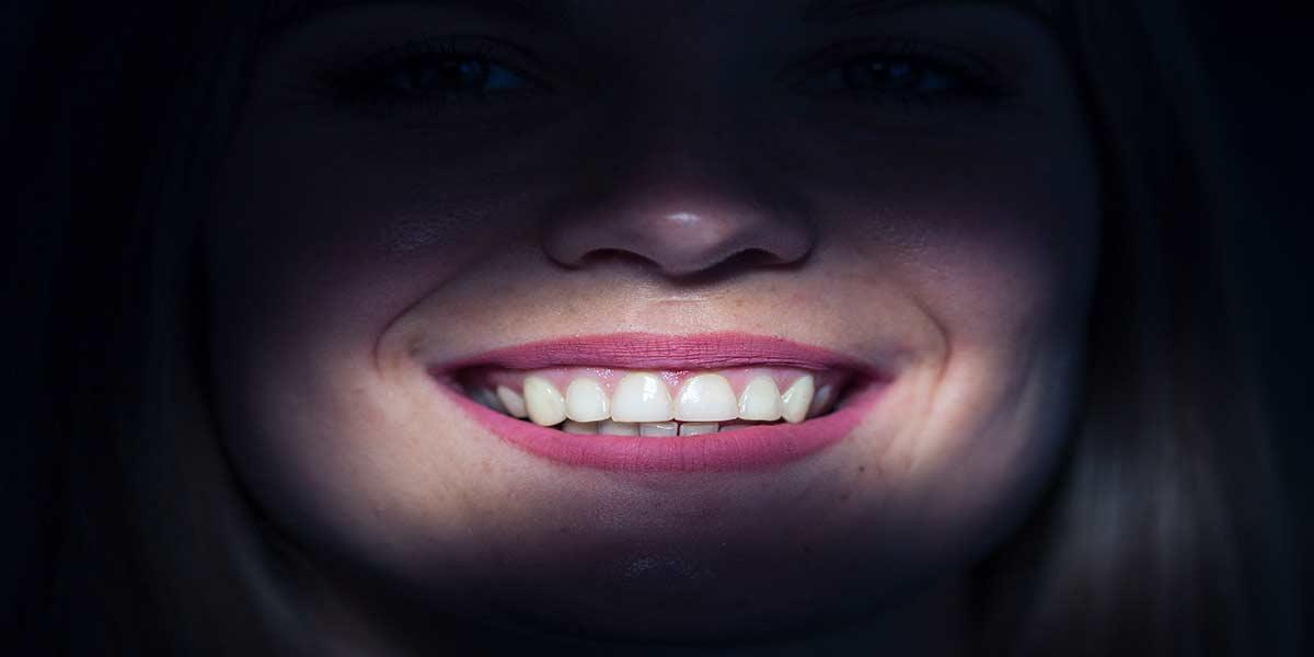 Sağlıklı Diş Etleri Nasıldır