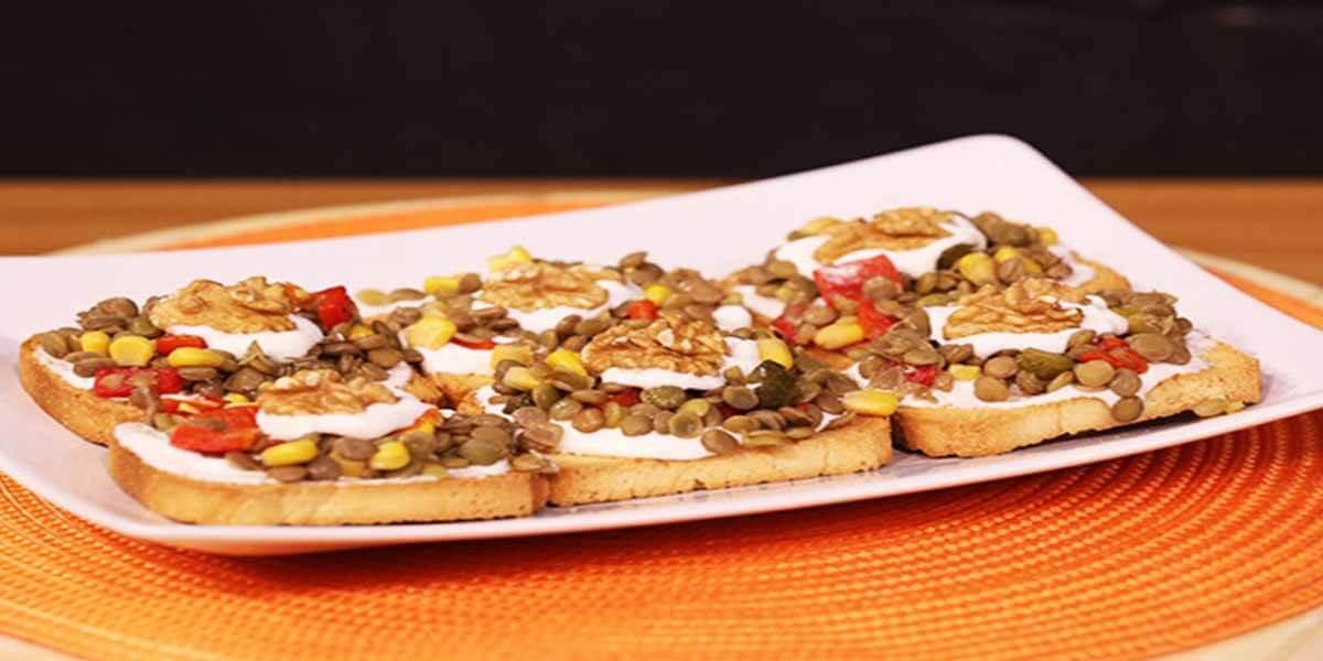 Yeşil Mercimekli Etimek Salatası